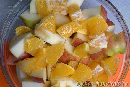 Приготовление рецепта Утка, запечённая с яблоками шаг 6