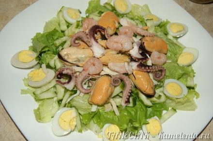 Приготовление рецепта Салат с морепродуктами шаг 9