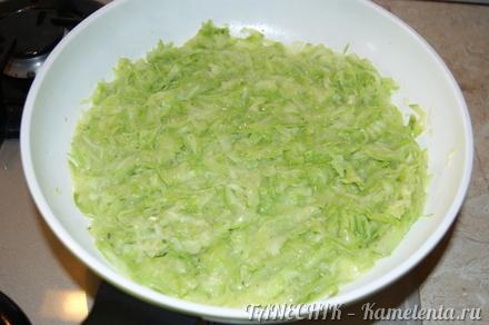 Приготовление рецепта Нежный омлет с кабачками шаг 3