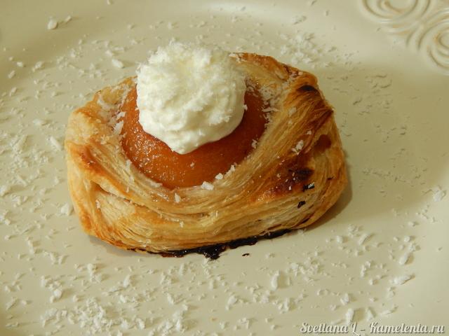 Слойки с яблоком и корицей – пошаговый рецепт с фотографиями | 480x640