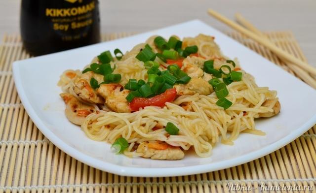 Вкусная лапша с курицей рецепт пошагово