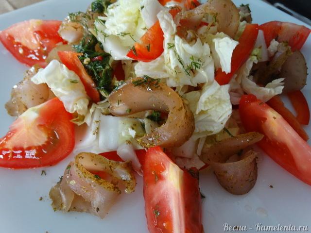 Салат с вяленой куриной грудкой