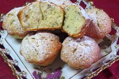 Маковые маффины с лимонным соком
