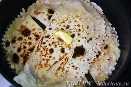 Приготовление рецепта Кутабы с зеленью и сыром шаг 9