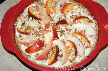 Приготовление рецепта Пирог с маскарпоне и персиками шаг 7