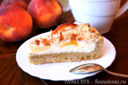 Приготовление рецепта Пирог с маскарпоне и персиками шаг 11
