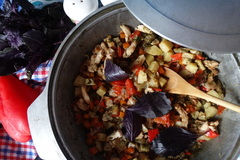 Гивеч с мясом цыплёнка или проще говоря, овощное рагу