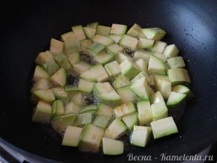 Приготовление рецепта Салат из кабачков с грецким орехом шаг 3