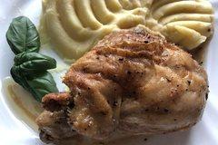 Курица в духовке (простой рецепт)
