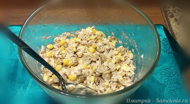 рецепт салата с кириешками и грибами с фото