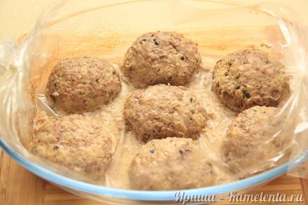 Приготовление рецепта Котлеты с грибами в рукаве шаг 9