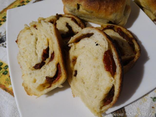 Рецепт дрожжевого хлеба с вялеными томатами